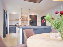 keukenhof-van-holten-en-twente-landelijke-handgeschilderde-woonkeuken-twello-2.jpg