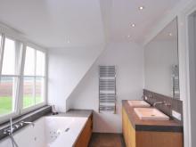 keukenhof-van-holten-badkamer-massief-eiken-landelijk-2.JPG