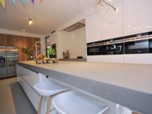 keukenhof-van-holten-twente-modern-woonkeuken-hengelo-maatwerk-hou-eiken-3.jpg