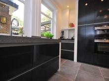 keukenhof-handgeschilderde-moderne-keuken-3.JPG