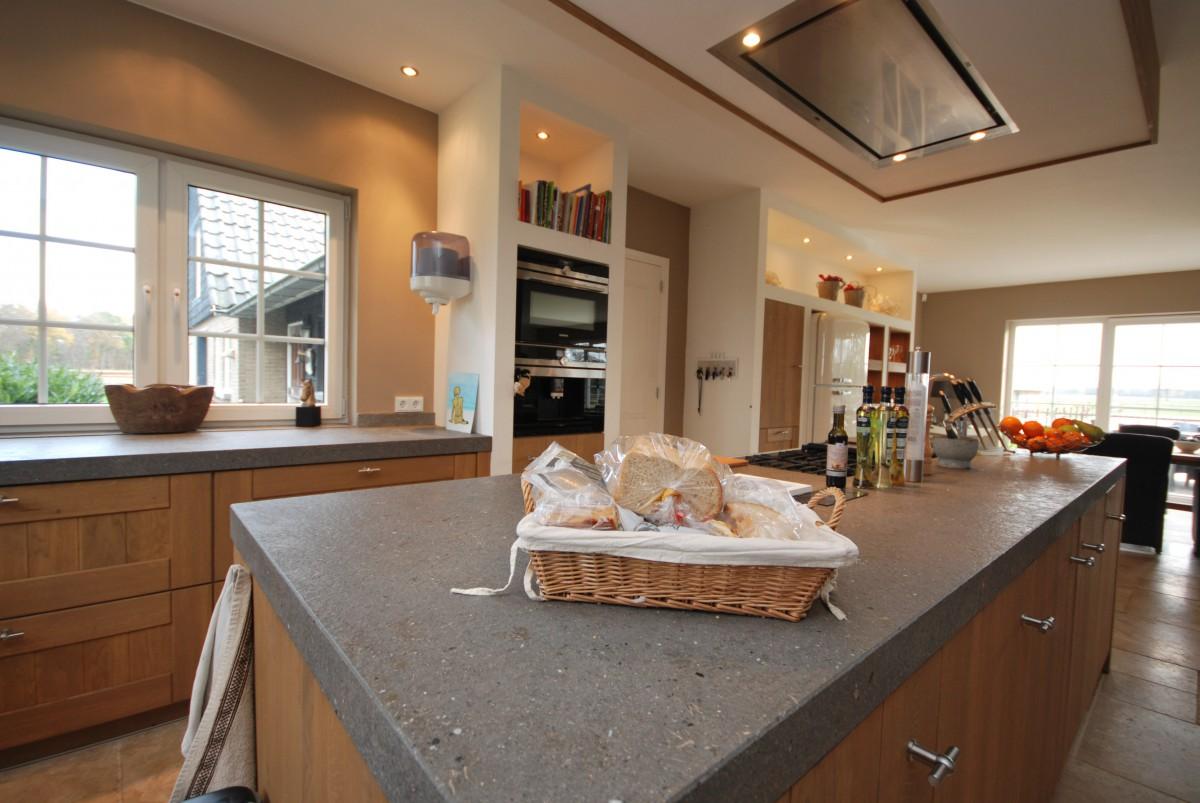 Badkamer Landelijk : Landelijke keuken Haaksbergen Keukenhof