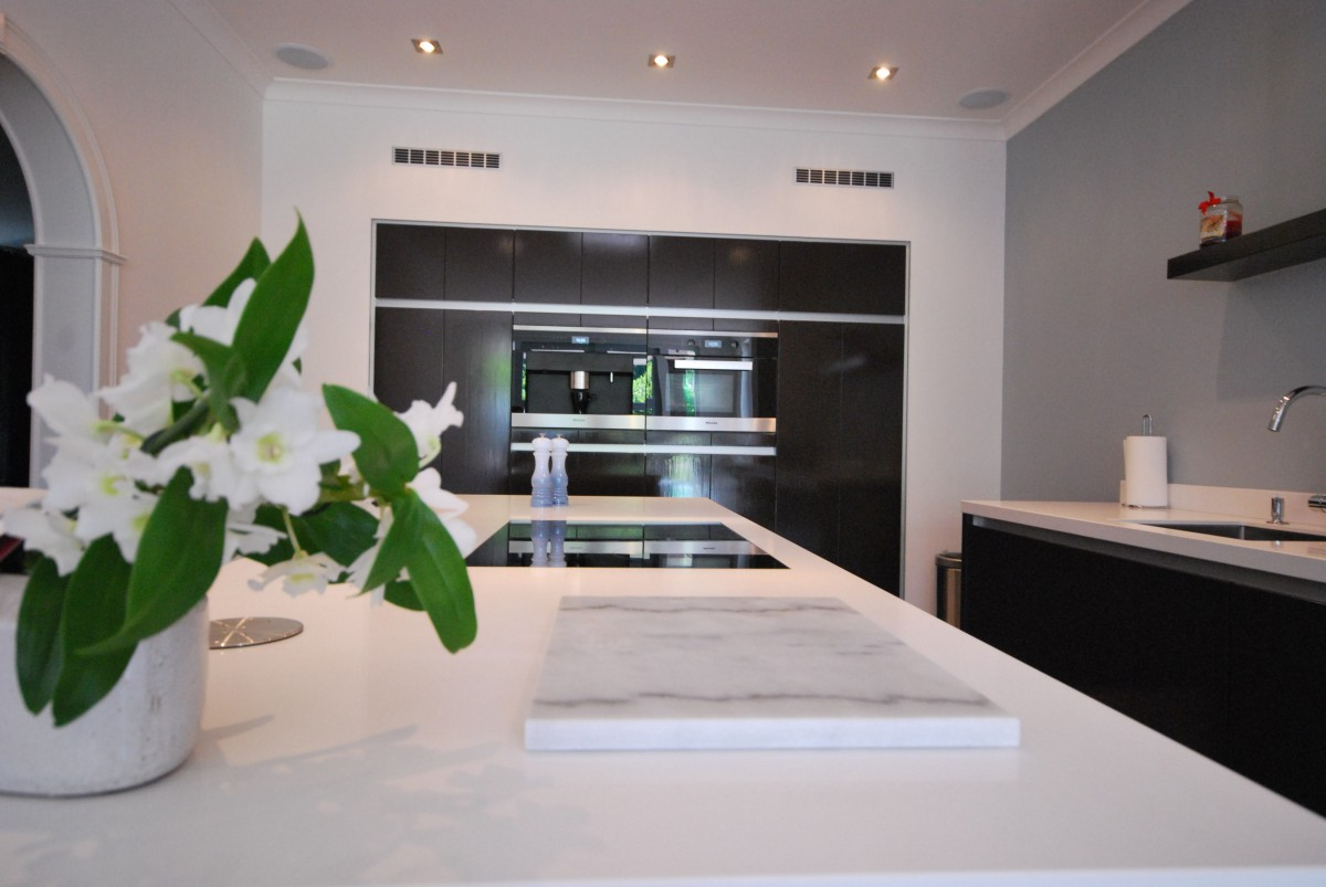 http://keukenhof-keuken-badkamer-haarden.nl/wp-content/gallery/kamphuis-hellendoorn/4.JPG