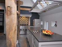 keukenhof-landelijke-keuken-boerderij-handgeschilderd-woonkeuken-10.jpg