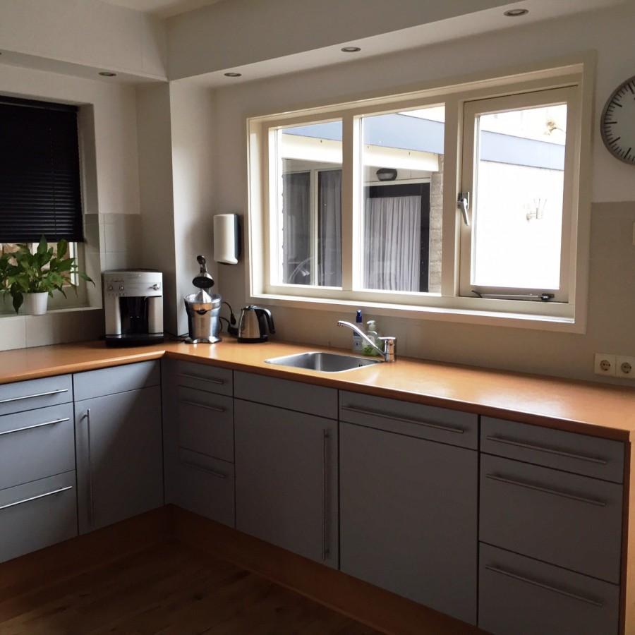 Moderne design keuken markelo keukenhof - Moderne oude keuken ...