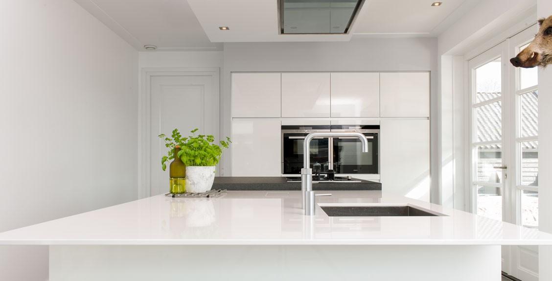 modern | keukenhof, Badkamer