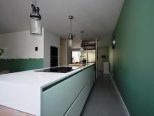Moderne-keuken-massief-eiken3.JPG