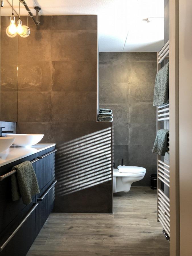 Moderne badkamer – Hengelo