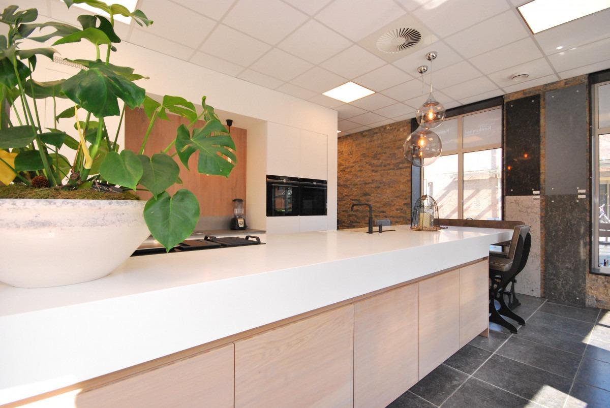 Moderne leefkeuken | showroom Holten